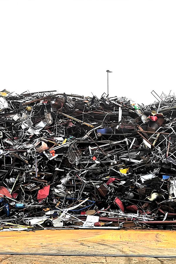 Gijs Janssen IJzer & Metaal recycling Venlo - IJzer Metaal